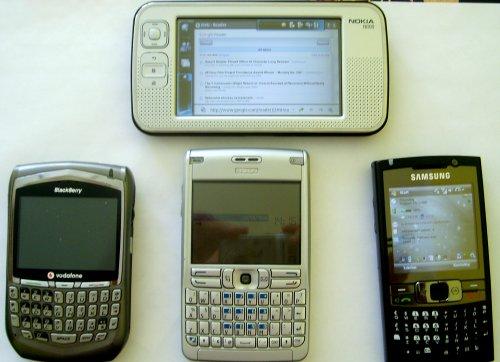 Nokia N800 (góra), Blackberry 8700, Nokia E61, Samsung i780